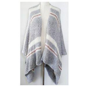 LC LAUREN CONRAD Blanket Shawl